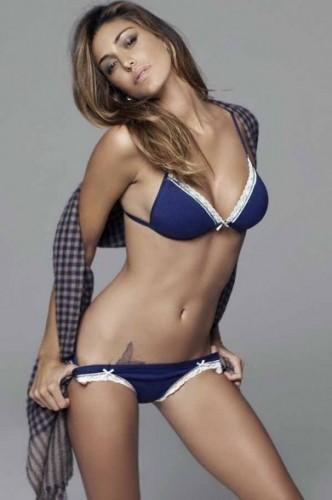 Belen Calendario Hot.Belen Rodriguez Foto Hot In Lingerie Per Jadea